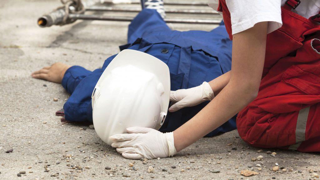 La importancia de capacitar a los trabajadores en Primeros Auxilios.
